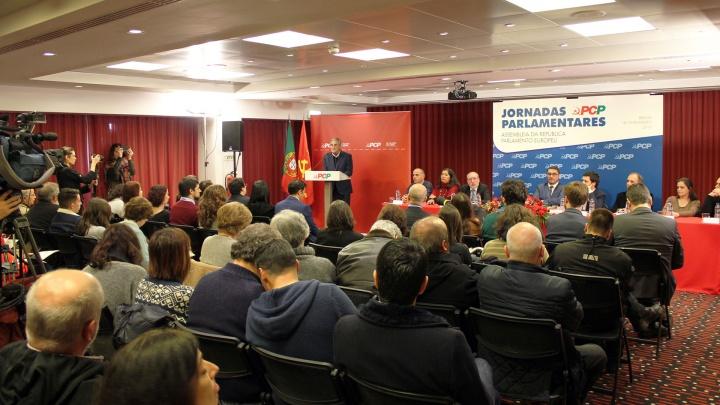 PCP defende preços mínimos para produtores de leite em Barcelos