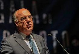 """Miguel Costa Gomes retoma funções """"de imediato"""" e gere Câmara Municipal a partir de casa"""