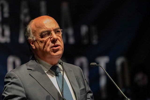 """Câmara Municipal de Barcelos acredita que presidente """"provará a sua inocência"""""""