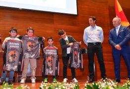 Mais de 30 atletas e diretores homenageados pela Moto Galos de Barcelos
