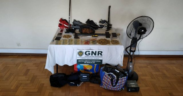 GNR deteve dois suspeitos de furtos em máquinas de tabaco em Barcelos e Famalicão